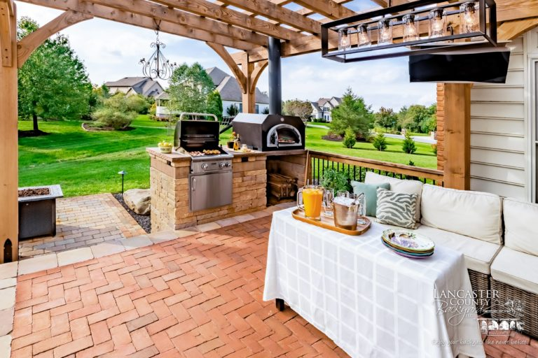 Heavy timber wooden pergola with harrisburg pizza oven
