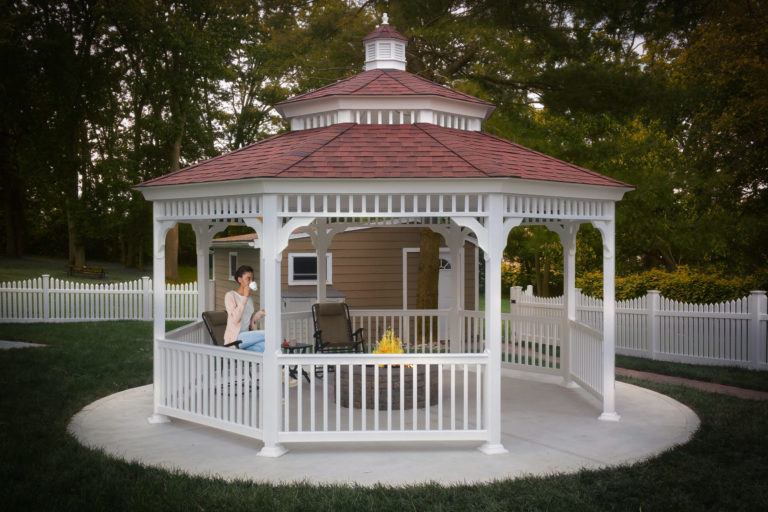 octagon gazebo with fire